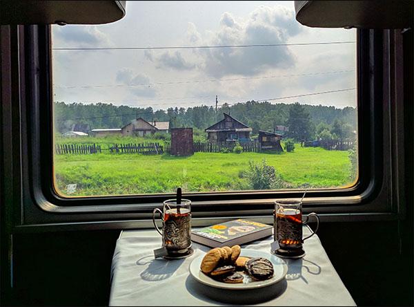 Blick aus der Transsibirischen Eisenbahn | Russland Reise